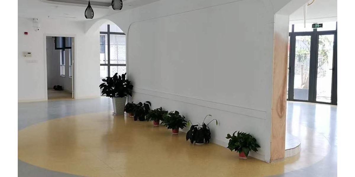 寺巷幼儿园扩建项目—塑胶地面铺设效果