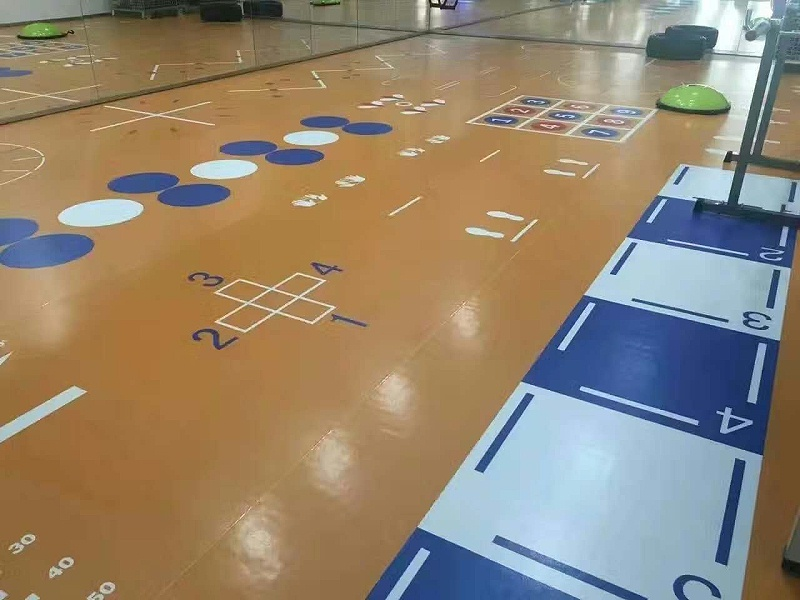 姜堰区艾莱克健身会所360定制地板铺设效果图2