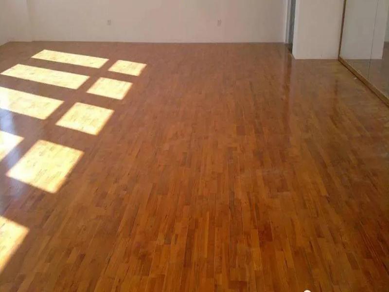 卷材塑胶地板