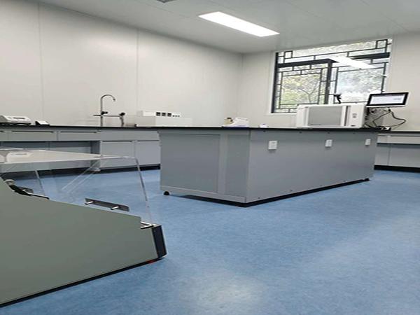 海陵区江苏现代畜牧科技园博凯PVC复合地板铺设效果图2