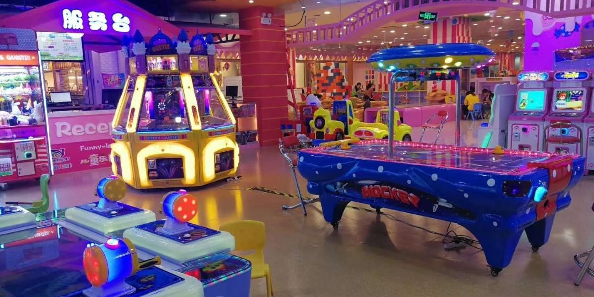 万达广场游乐场360定制PVC地板铺设现场展示