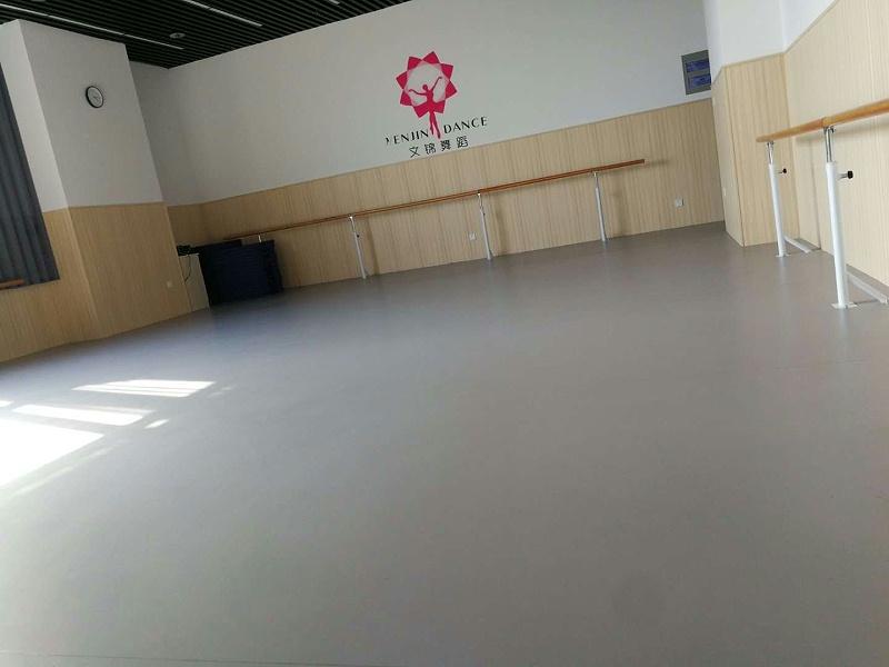 姜堰区诺贝尔艺术学校舞蹈房运动地板铺设效果图6