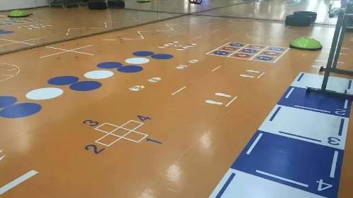 PVC地板混凝土基层要满足哪些条件才能施工