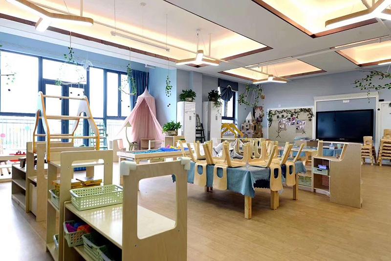 南京华德琳幼儿园阿姆斯壮PVC塑胶地板铺设案例