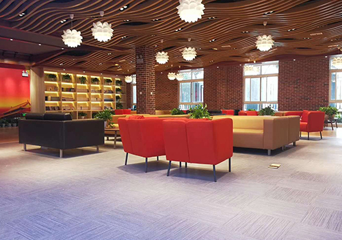 波世嘉PVC片材复合地板