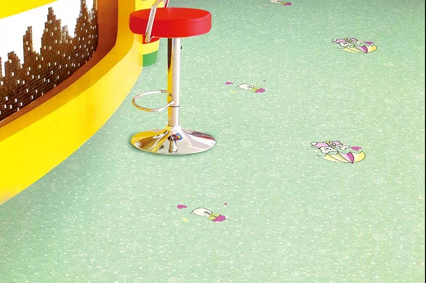 博凯复合地板得利卡+纯色系列案例1